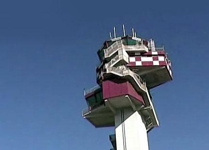 volo-torre-di-controllo-aerei