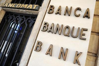 Foto Fabio Ferrari / LaPresse09 01 2012 Torino, ItalianewsFoto Stock - BancheFoto Fabio Ferrari / LaPresse09 01 2012 Turin, ItalynewsStock Picture - Bank