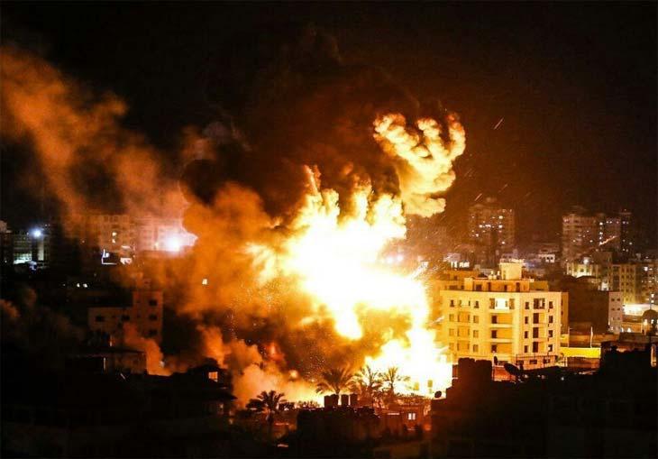 Nuovo bombardamento su Gaza, Israele continua e non intende fermarsi