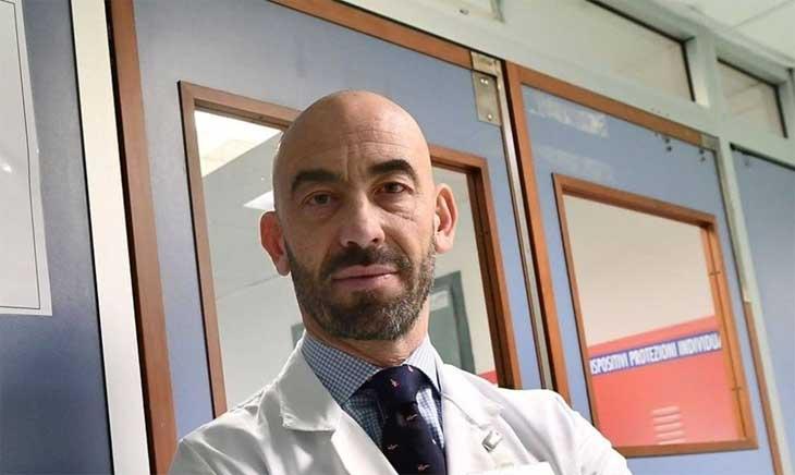 """Vaccino, Bassetti: """"Una sola dose riduce dell'80-90% ricoveri"""""""